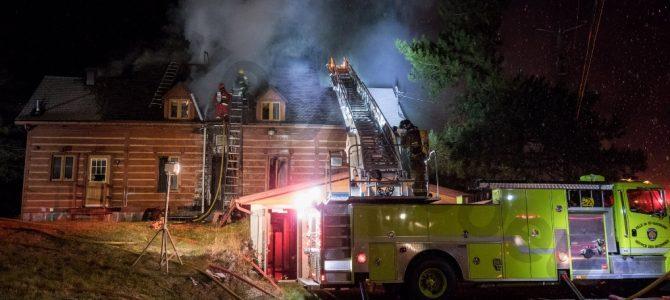 Incendie dans un bâtiment de la Chambre de commerce régionale de St-Raymond
