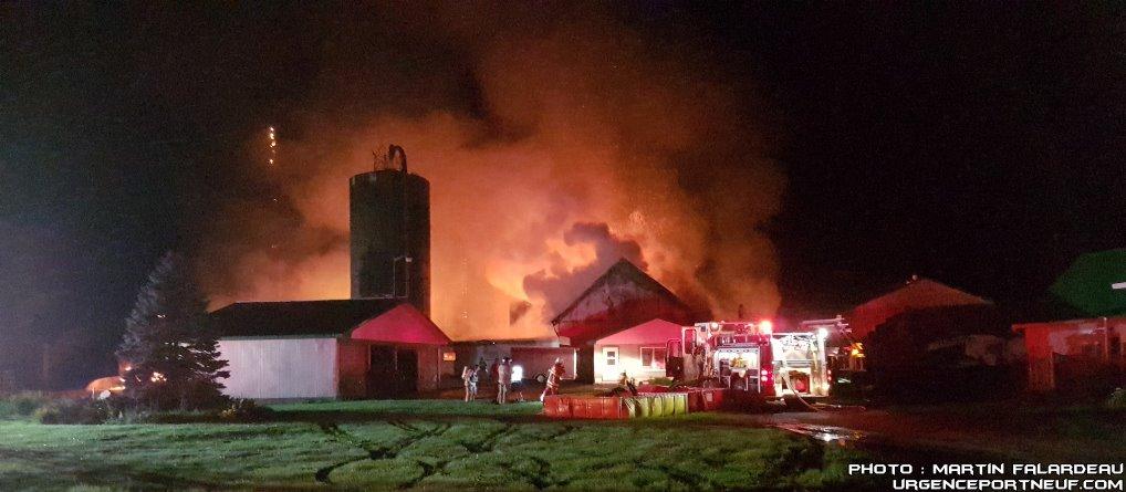 Incendie d'une ferme à St-Raymond
